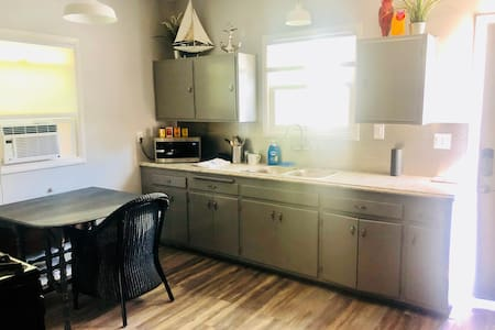 Perfectly located apartment in SF East Bay