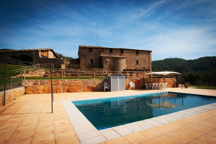 Incredible Country House Masia l'Arà March Offer