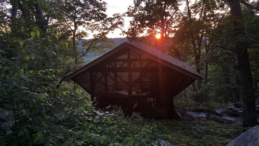 The Summit Cabin at Sticks and Stones Farm