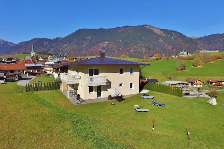 Spacious Villa with Garden in Hinterthiersee