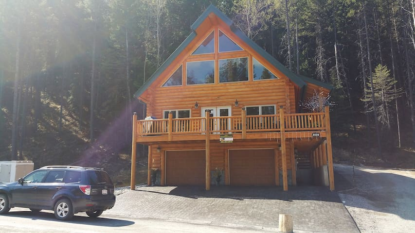 Mountain view Chalet *6&7th Night Free!