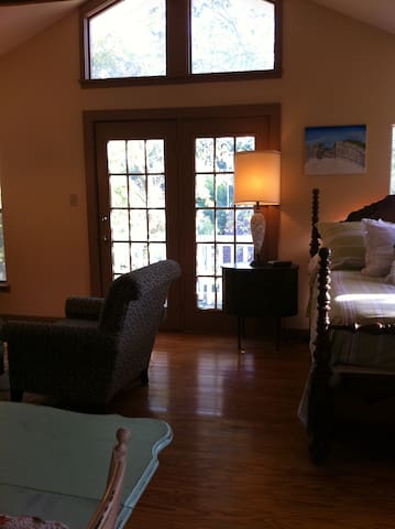 Alamo Heights Private Guest House - Сан-Антонио - Дом