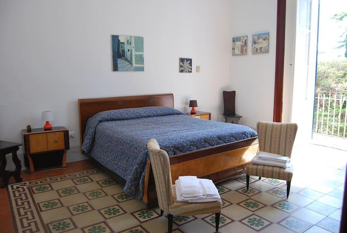 Donna Bianca b&b (Palazzo Coluccia) - Specchia - Bed & Breakfast