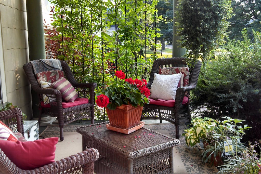 This is our front porch.  It's a great place to reenergize, read or use your tablet.  Wifi through out the house.