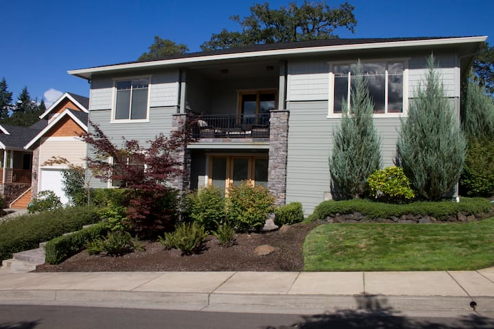 Lovely Suite with 900 sf near UO, Forest, Exit 191 - Eugene - House
