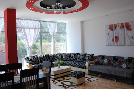 30mins from Tirana - Elbasan - Apartment