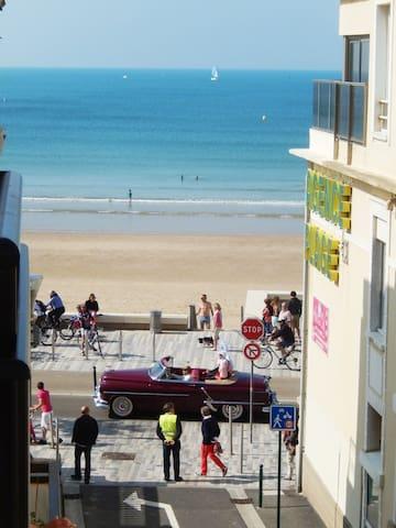 Idéalement situé entre centre plage, centre ville.