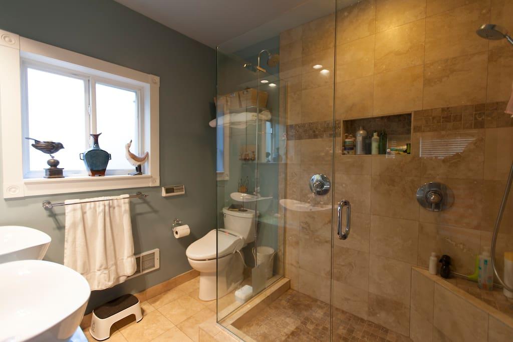 Bathroom with double shower, double sink and heated bidet (ooh la la)