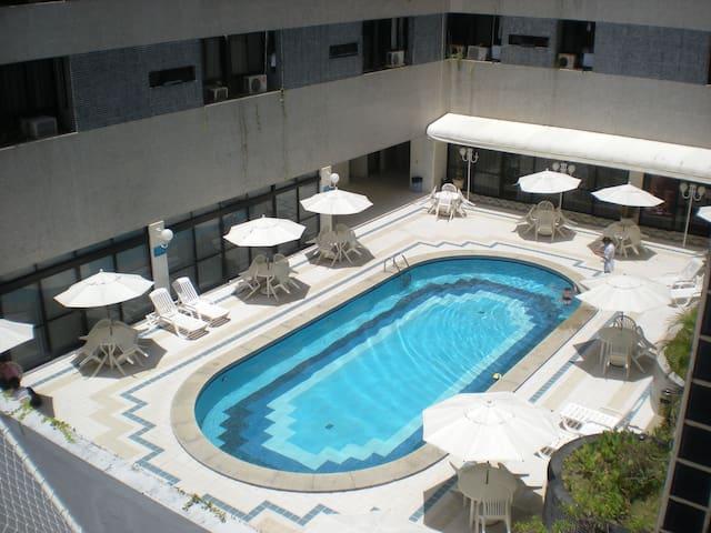 Apartamento no Circuito Barra-Ondina - Salvador - Aparthotel