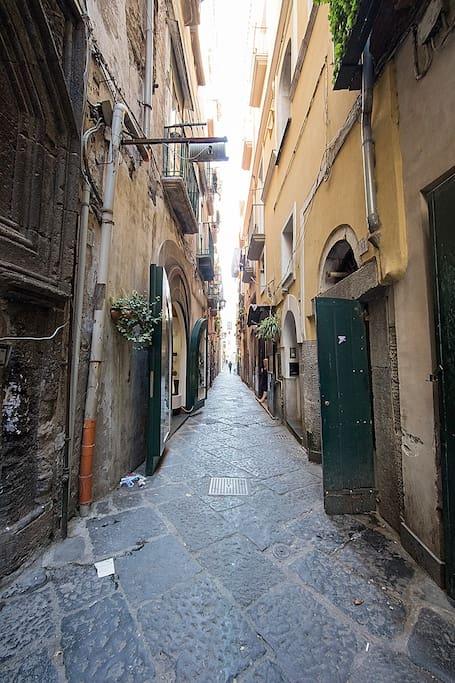 Via Masuccio Salernitano
