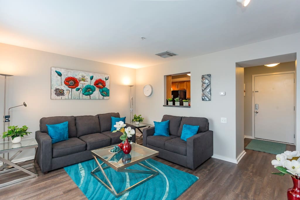 Welcome to our condo! A newly renovated, modern feel with lots of natural lights and brand new furniture to enjoy!