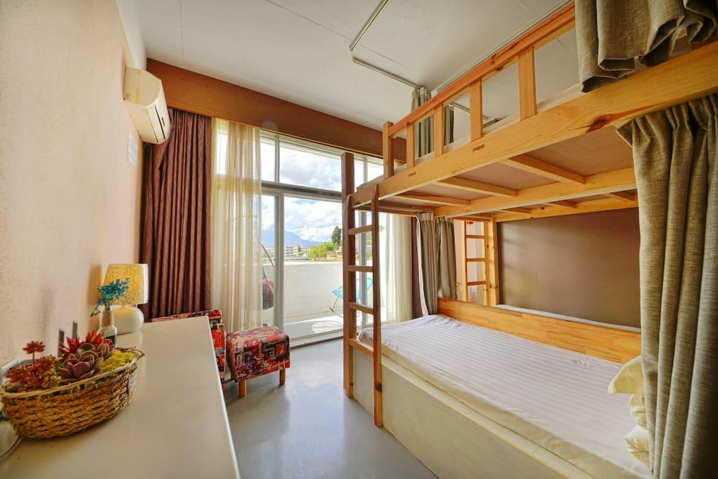 4人间卧室