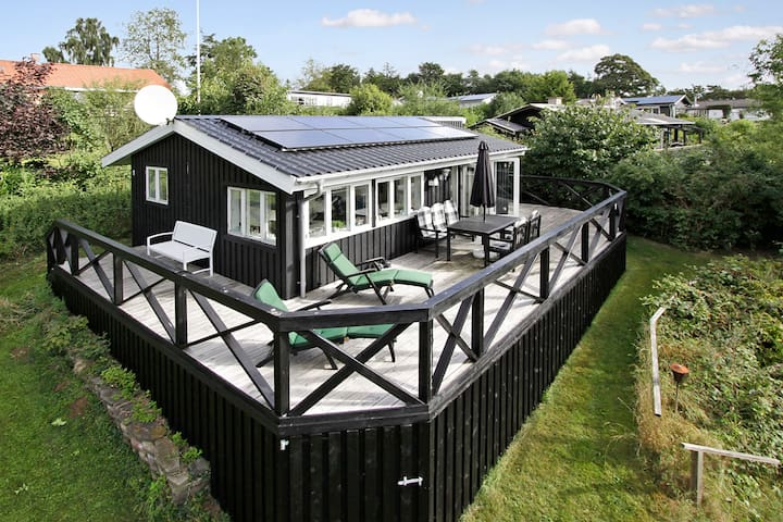 A summerhouse in Strib/Middelfart - Middelfart - Houten huisje