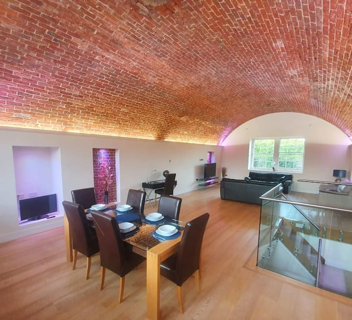 Amazing 4 bed home in converted Isle Of Wight fort