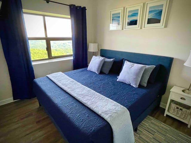 Mom and dad will get a great night's sleep in our comfortable master suite. It includes a king size bed, comfy memory foam mattress and black out curtains, perfect for sleeping in.