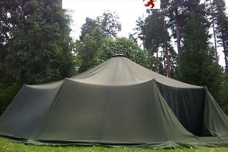 Militärtält tält 12 med kamin  - Zelt