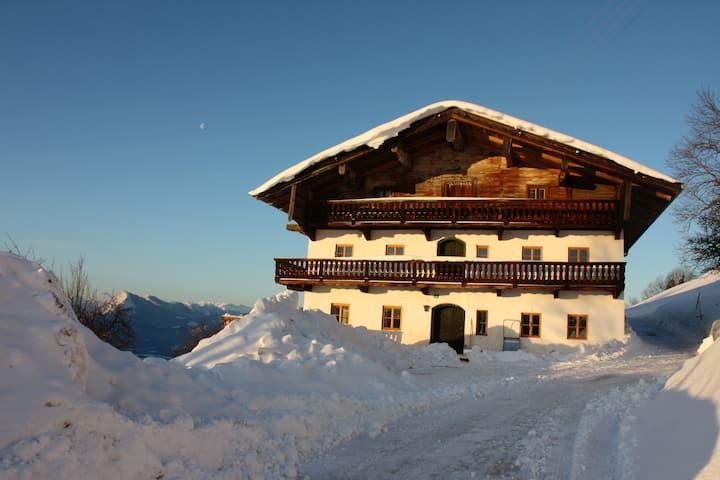 Bauernhaus in Tirol ein Traum in den Bergen