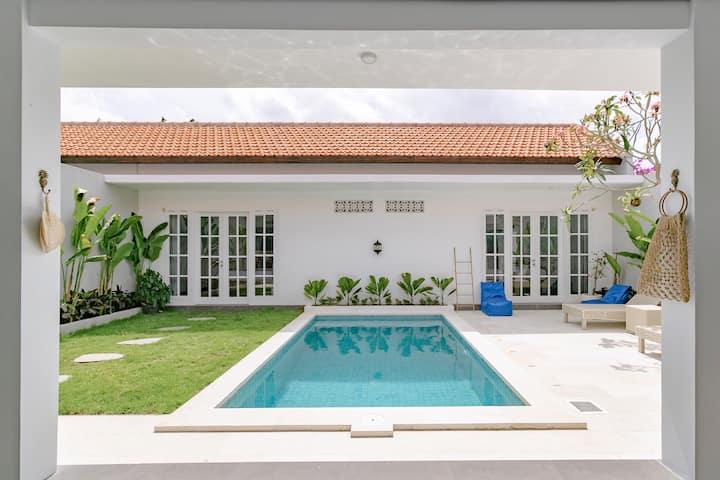 Lavish Casa Dara Private Pool Seminyak