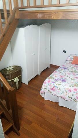 Habitación cama individual La Florida 1