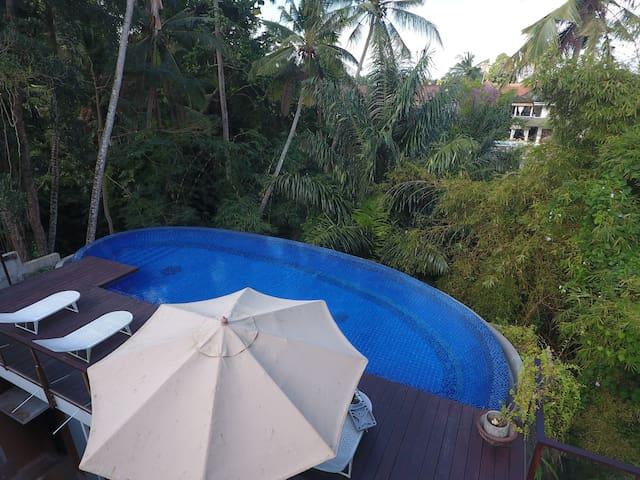 1BR Studio Room w/ Jungle View in Ubud Center (4)
