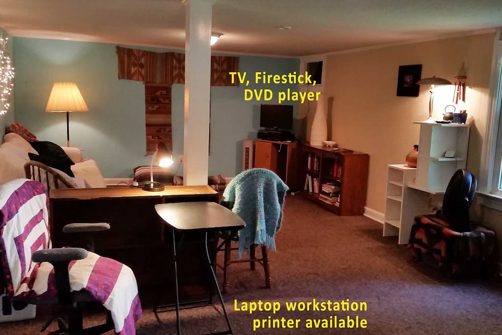 TV, DVD player, Fire stick, wifi, laptop workstation, printer avail. Bright comfortable room.