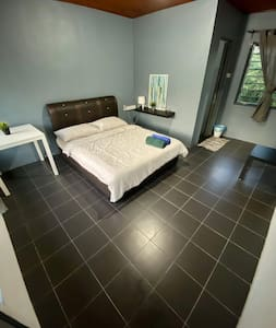Planet Chalet Mersing, (2-3 PAX per room) ROOM A