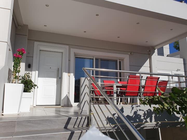 Markella's Home near the Athens Airport & Sea