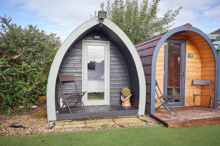 Double Cosy Pod at Goldenhill