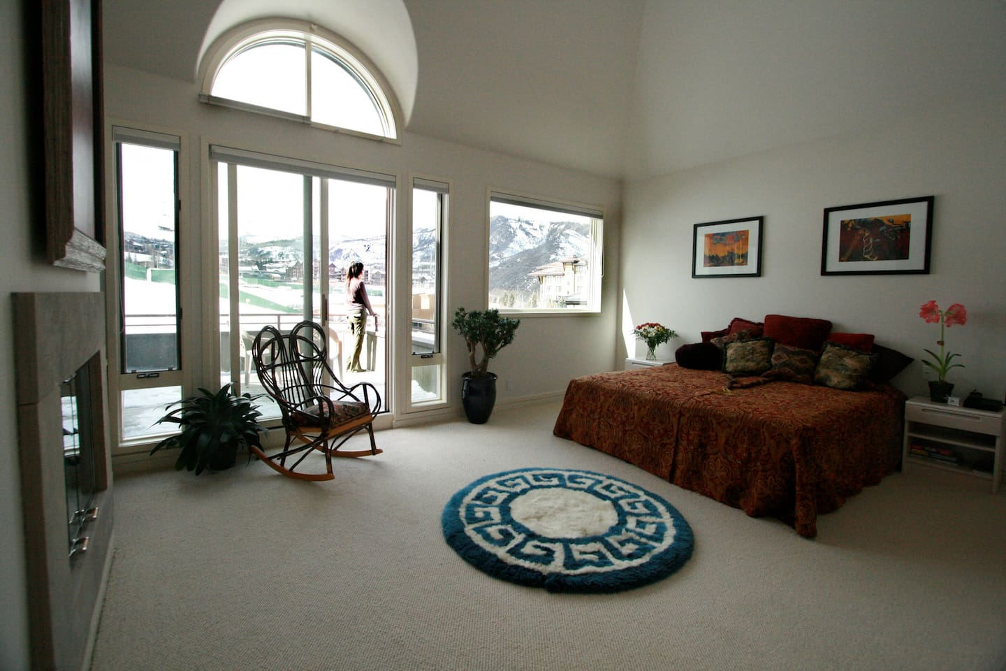 "Master Bedroom.  3rd floor.  Fireplace.  Private balcony.  52"" flatscreen.  AMAZING view of Mt. Daily."