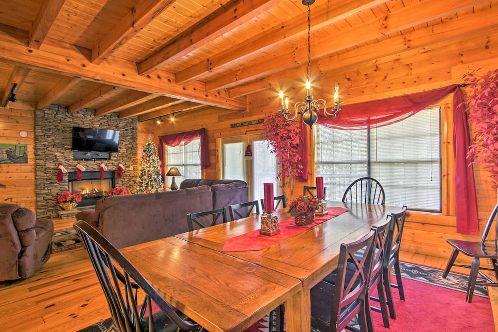 Boasting 2,856 square feet of living space, this cabin offers accommodations for 16 guests.