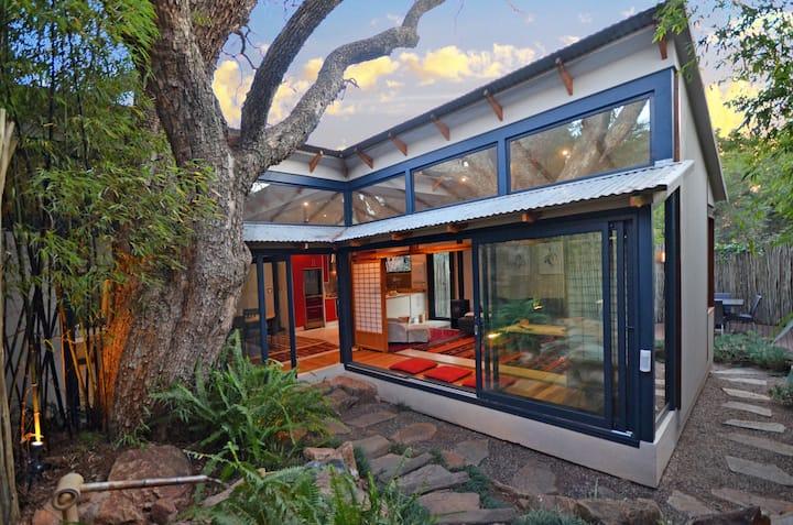 Bamboo Villa- Parktown-Spacious Tranquil Luxury