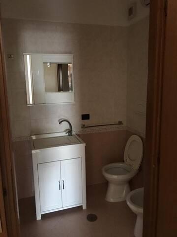 Appartamento con terrazza in condominio
