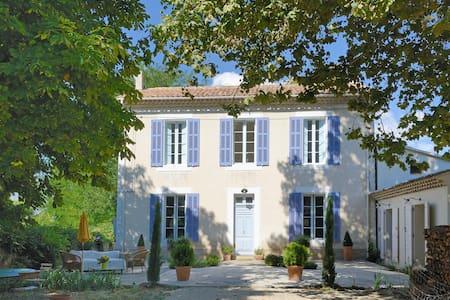 Une bastide en Luberon, Provence - Grambois - House