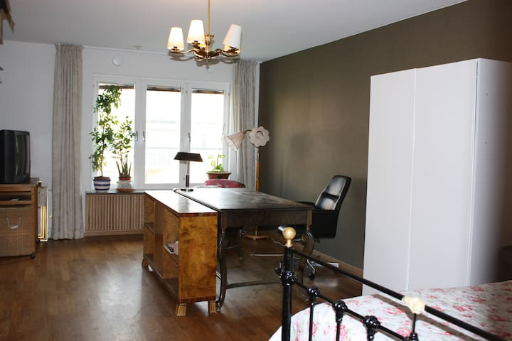 2 nice and quit b&b rooms, in central Stockholm - Sodermalm - Bed & Breakfast
