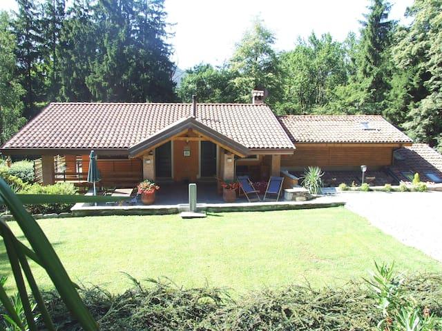 B&B La Casa nel Bosco-Lake Mergozzo - Bracchio - Wikt i opierunek