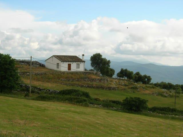Casita Blanca with great views - Benaocaz
