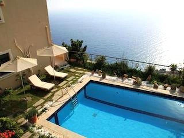 Rodakino Luxury villas - Lampi - Vila