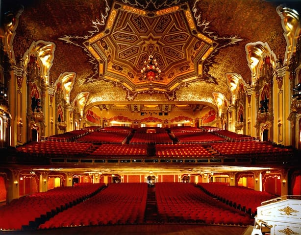 Our beautiful Ohio Theater is very close to my home.