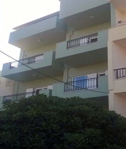 Apartment in family building - Sitia