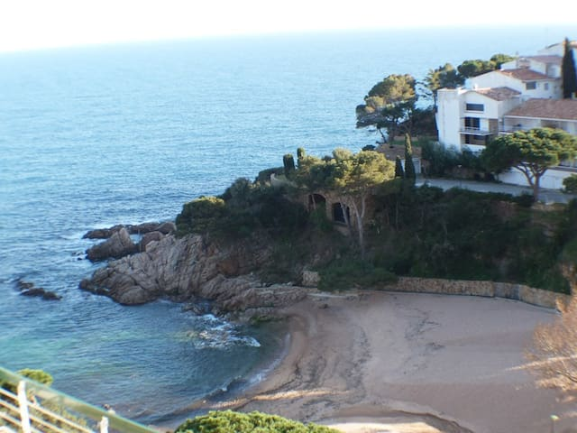 Apartment in front of the beach - Tossa de Mar - Wohnung