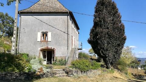 Jolie maison de campagne à Nogardel