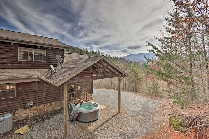 'Deep Creek Mountain Lodge' w/Prvt Hot Tub & Views