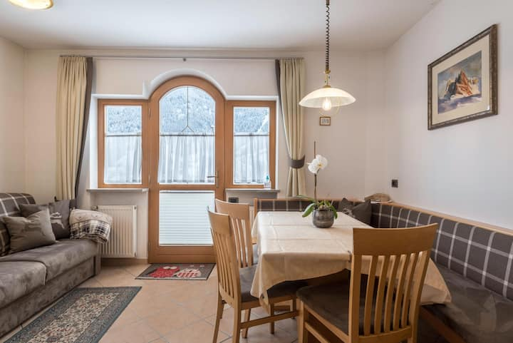 """Charming Apartment """"Saslonch"""" near Seiser Alm with Mountain View, Wi-Fi, Terrace & Garden; Parking Available"""