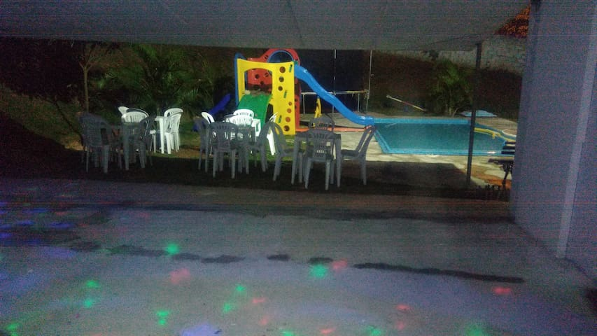 Chacara Lar doce Lar! #Dançar,cantar,nadar,VIVER .