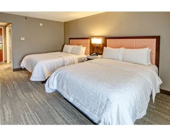 Cozy Double Two Double Beds Non Smoking At Elizabeth City