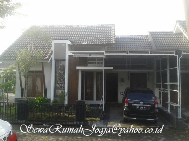 Elit Cluster House Full Furnished di Jogja