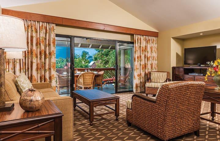 WOW!  KONA Hawaiian Resort  & Walk to the Beach !