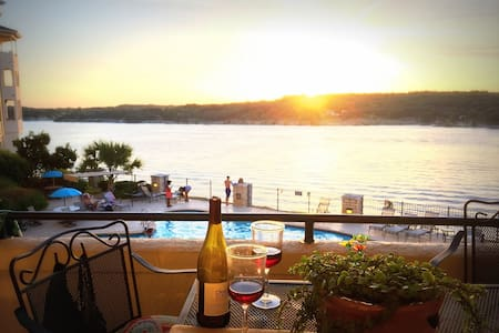 Casita del Lago-- Lake Travis at The Island - Lago Vista