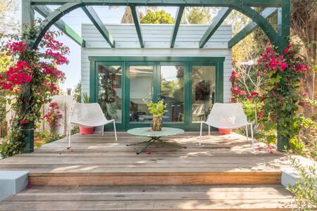 Hollywood Hills / Bronson Canyon Pool House