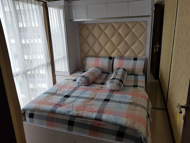 2 Bedroom apartment at H Cawang - East Jakarta - Lägenhet
